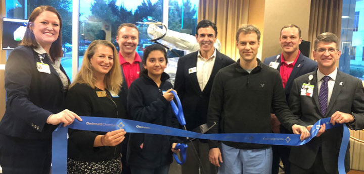ribbon–cutting-eastside-medical