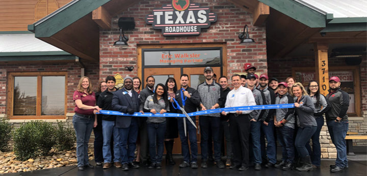 ribbon-cutting-texas-roadhouse