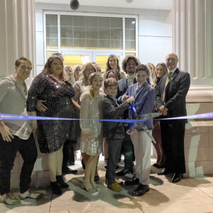 Revive IV Lounge celebrates ribbon cutting in Buford